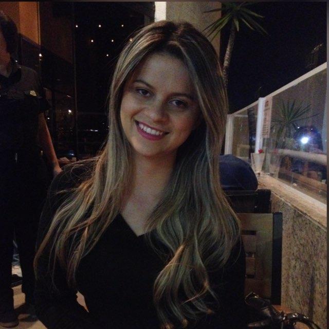 Geisa Pinto Gomes (Valparaíso de Goiás - Goias